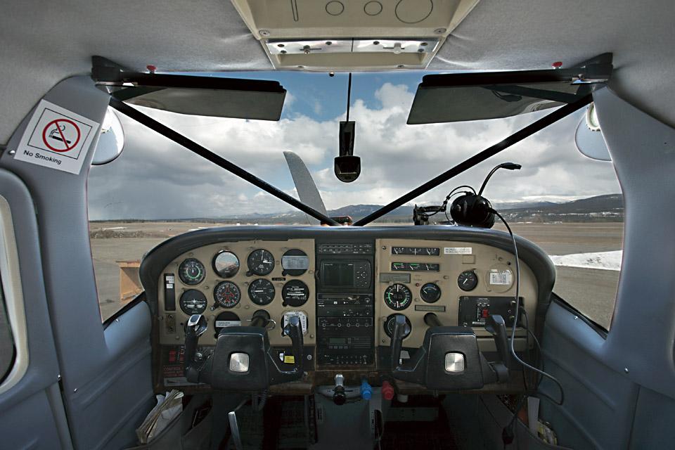 C206-Cockpit