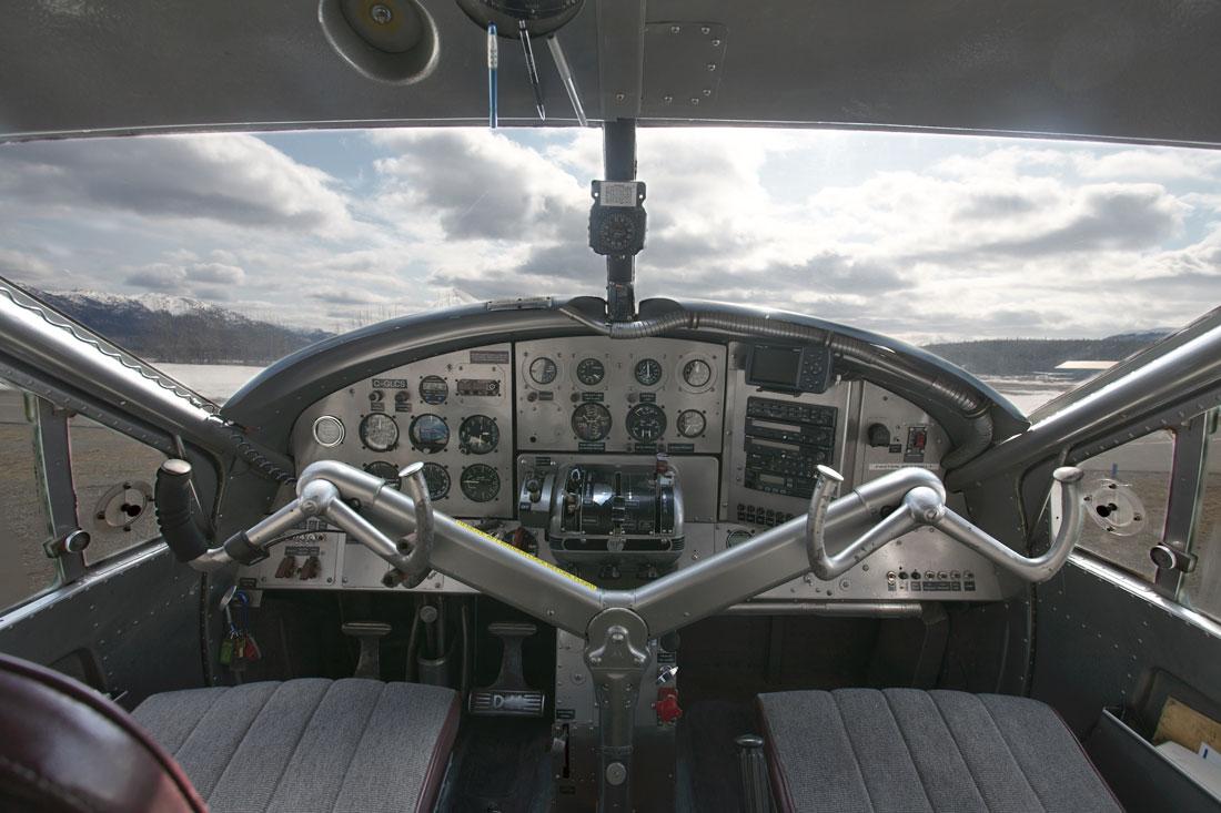 DHC3-Cockpit